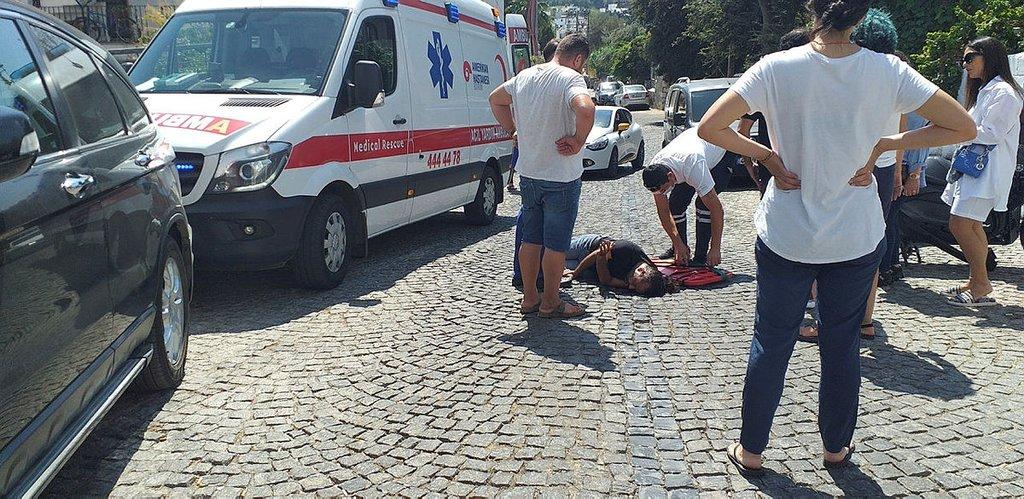 Cipe çarpan motosikletin sürücüsü yaralandı