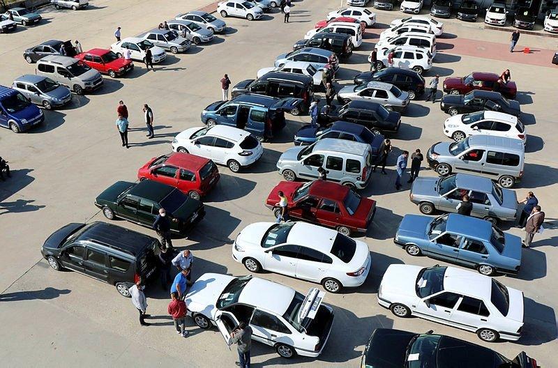 İkinci el araba fiyatları düşecek mi? Araç fiyatları ne kadar?