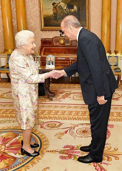Erdoğan Buckingham Sarayı'nda!