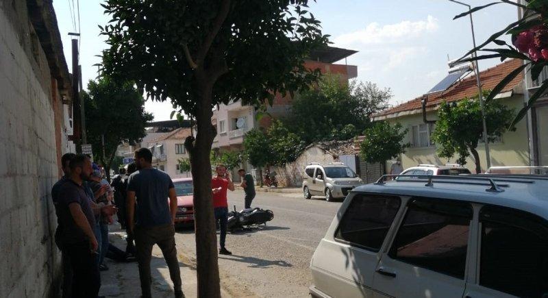 Aydın'da korkunç kaza! Önce motosiklete ardından park halindeki araca çarptı