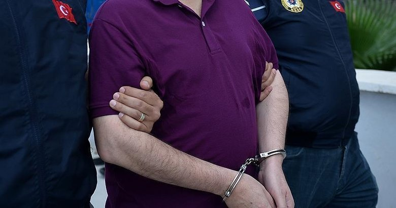 İzmir'de kriptolu haberleşen FETÖ'cülere operasyon