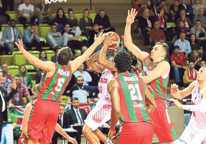 FIBA Şampiyonlar Ligi A Grubu'nda Pınar Karşıyaka yenilgisiz tek takım olan Monaco'ya deplasmanda diş geçiremedi: 79-65.