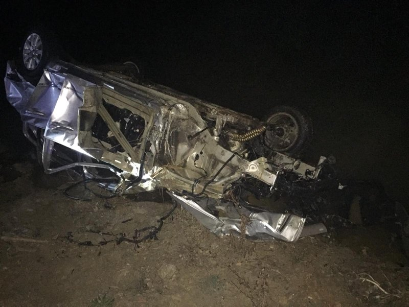 Denizli'de feci kaza! Otomobil nehre uçtu