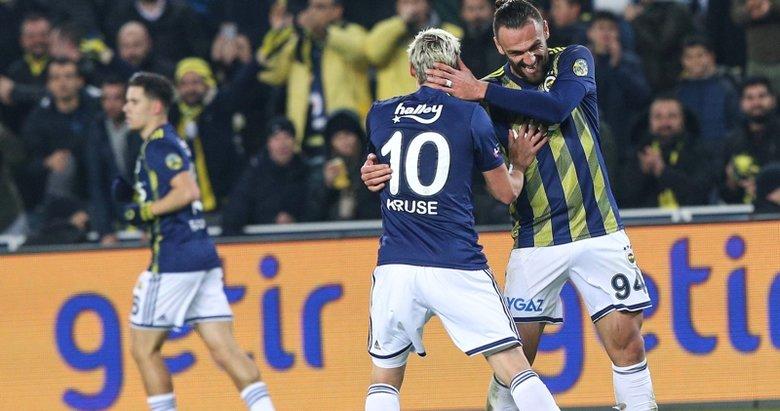 Fenerbahçe, Başakşehir'i 2-0 mağlup etti
