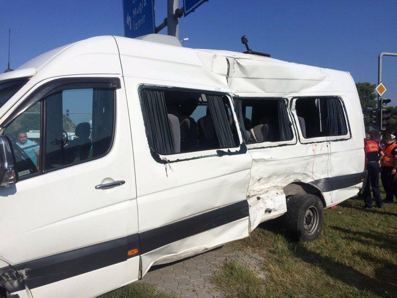 Muğla Dalaman'da öğrenci servisi kaza yaptı! Çok sayıda öğrenci yaralı