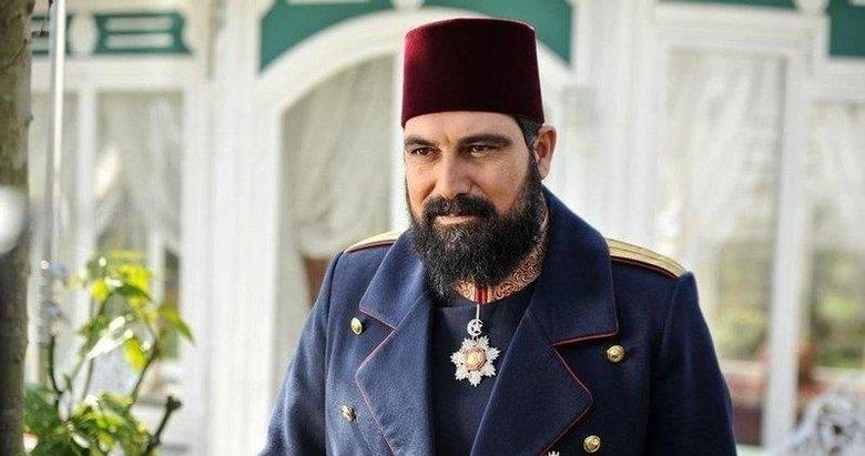 Herkes yanlış biliyormuş! Payitaht Abdülhamid'in yıldızı Bülent İnal hakkında şaşırtan gerçek!