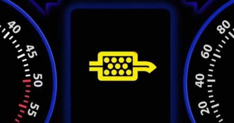 Sürücüler dikkat! Eğer araba kullanırken bu ikaz işaretini görürseniz...