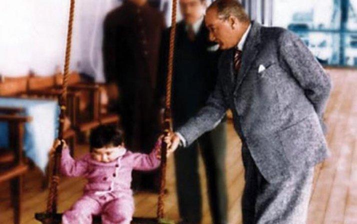 Atatürk'ün hiç görülmemiş fotoğraflarıyla 23 Nisan Çocuk Bayramı! Genelkurmay paylaştı