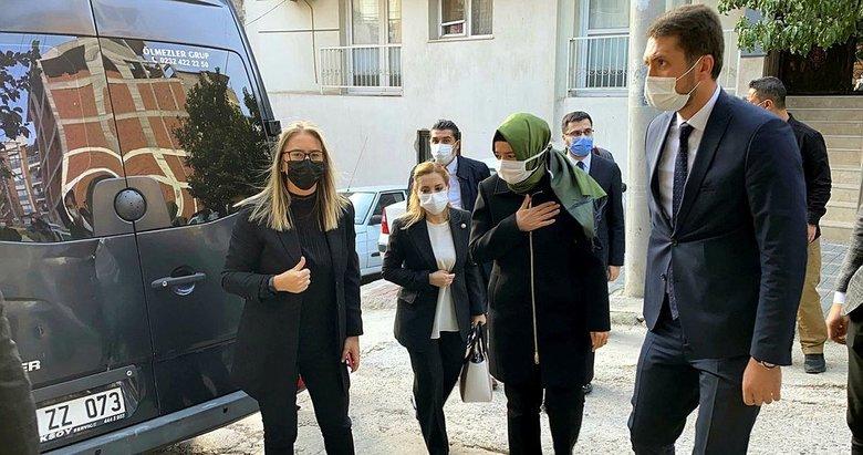 AK Partili vekillerden depremde ölen Serhat Er'in ailesine taziye ziyareti