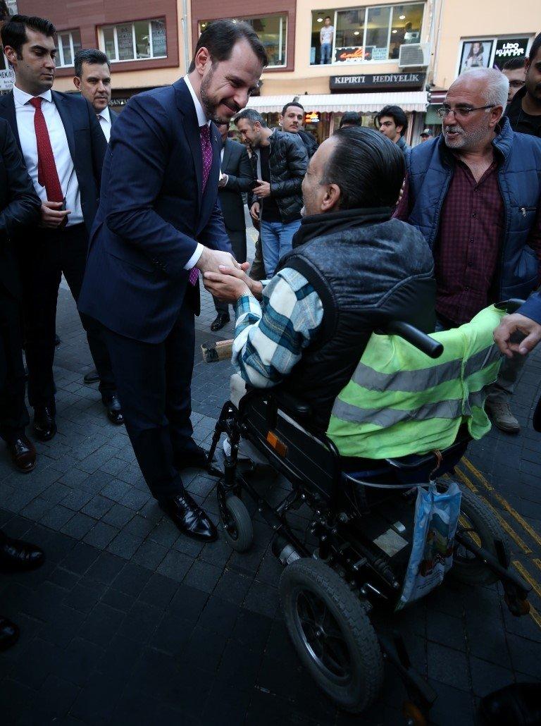 Bakan Albayrak, Bursada ziyaretlerde bulundu