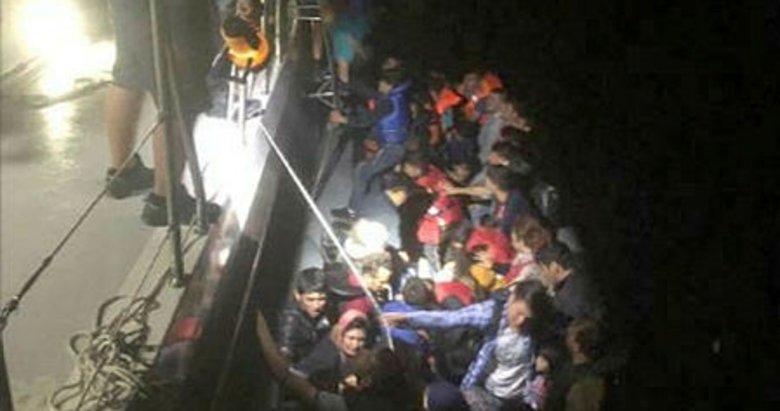 İzmir Seferihisar açıklarında 59 Afgan yakalandı