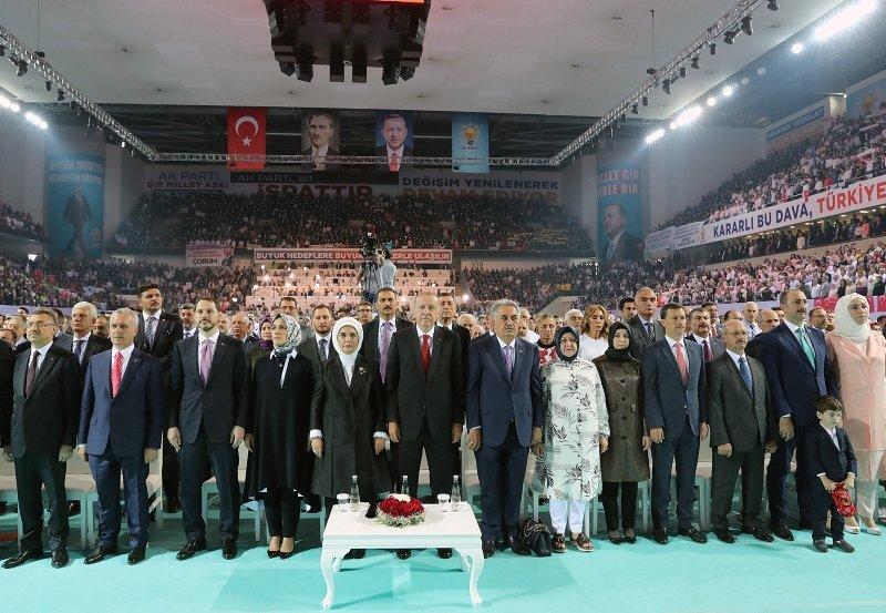 AKParti 6. Olağan Kongresinde büyük coşku