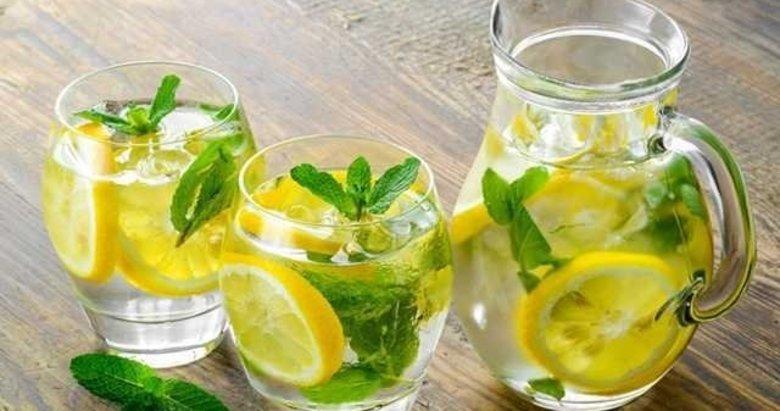 Ilık limonlu su içmenin faydaları saymakla bitmiyor
