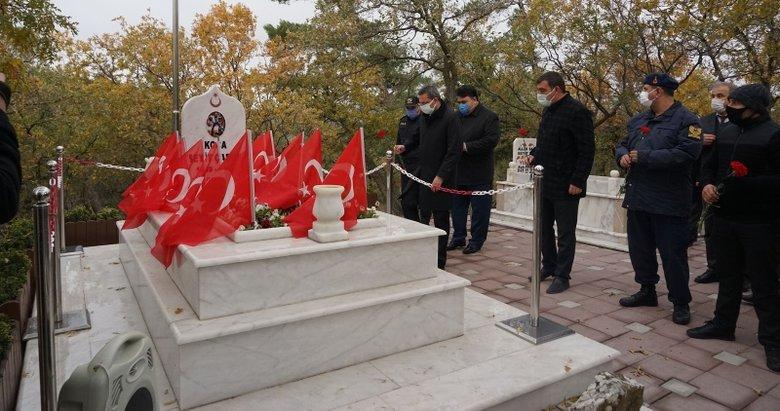 Seyit Onbaşı, Havran'da mezarı başında anıldı