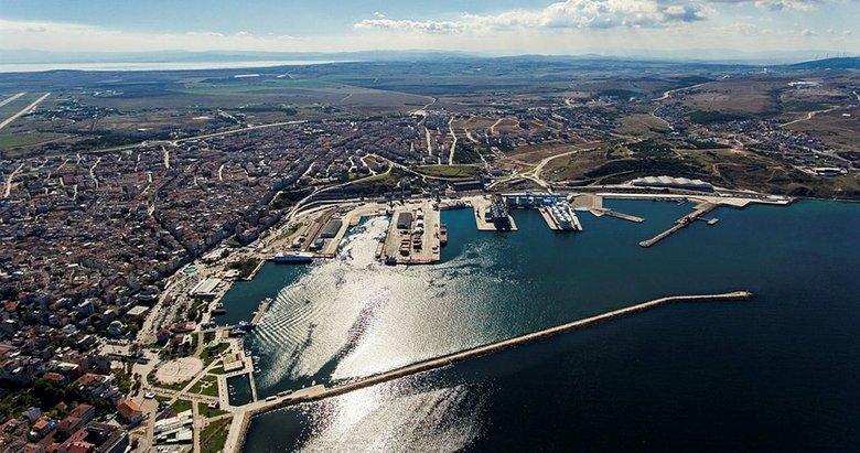 Balıkesir'de Bandırma Limanı'nda geçen yıl yaklaşık 5 milyon tonluk yükleme boşaltma yapıldı