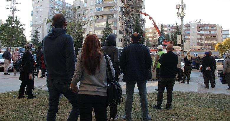 İzmir depreminde 11 kişinin öldüğü binanın sorumluları hakim karşısında