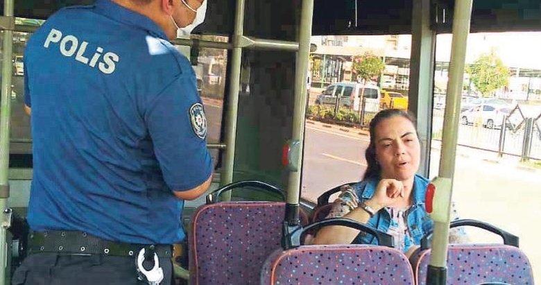 Maske karşıtı kadın otobüsü karıştırdı