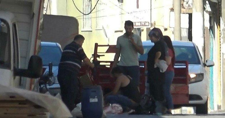 İzmir'de kurbanlıklar sokakta kesildi