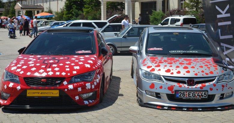 Modifiye tutkunları Kütahya'da buluştu! Yaklaşık 40 ilden 500 araç katıldı