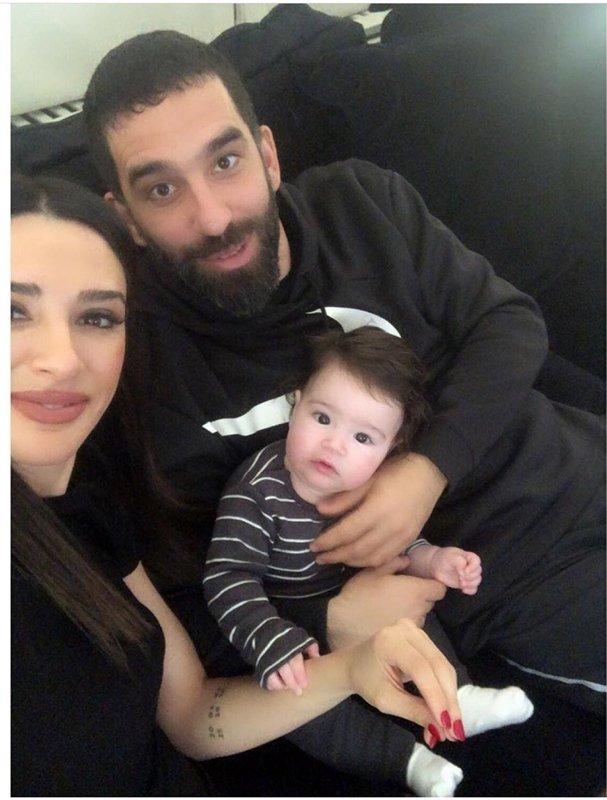 Arda Turan ve Aslıhan Doğan ikinci bebeklerinin adını açıkladı
