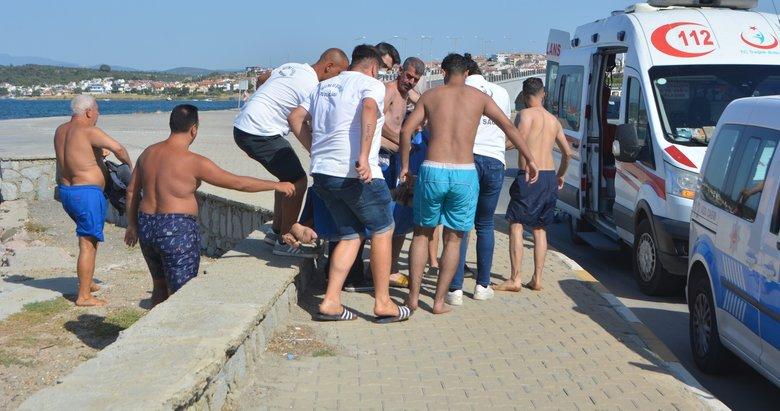 Halk plajında boğulmak üzere olan öğretmen son anda kurtarıldı