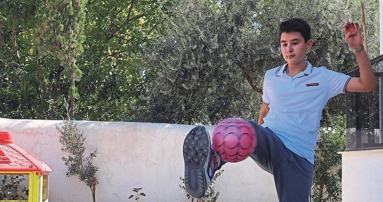 Günay artık futbol oynuyor