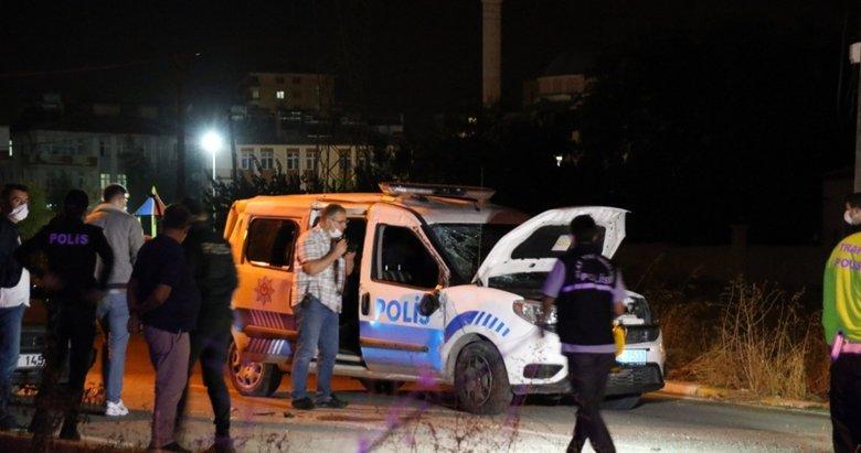 Uşak'ta polis aracı ile otomobil çarpıştı