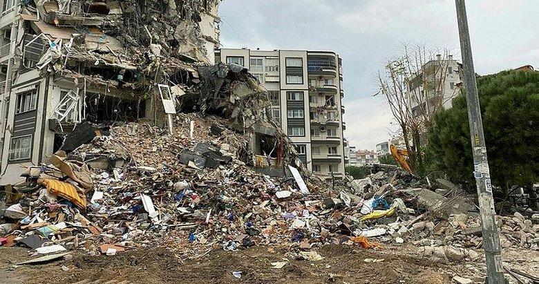 İzmir'i vuran depreminin ardından moloz çıkmazı!