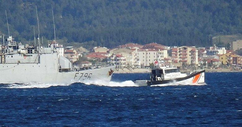 Fransız savaş gemisi, Türk botları eşliğinde Çanakkale'den geçti