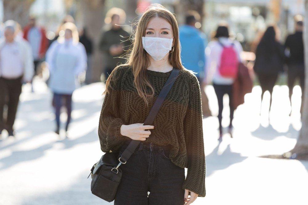 Koronavirüs aşısından sonra maske takmaya devam edecek miyiz? Merak edilen soru cevabını buldu