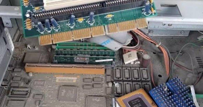 Bilgisayar parçalarından altın çıkardı! Sonuç inanılmaz