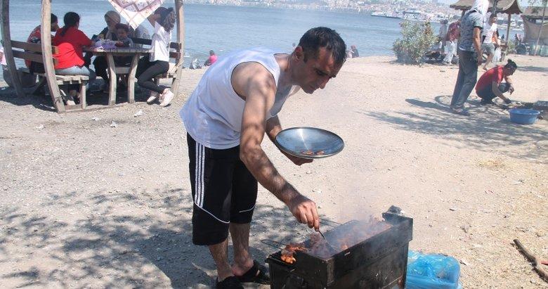 İzmirliler pazar günü piknik alanı ve Kordon'a akın etti