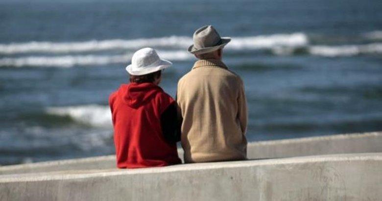 Dolarını bozduran emekliye bedava tatil