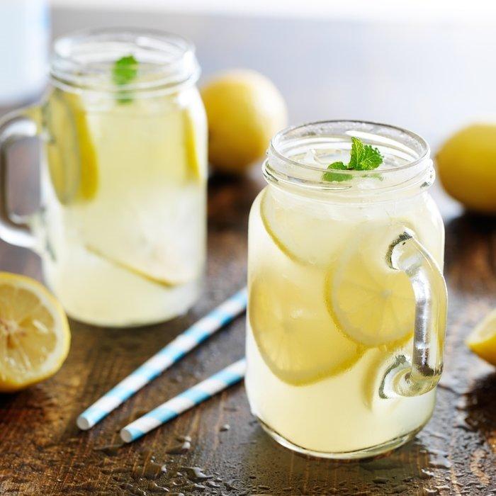 Uyurken yanı başınıza limon koyarsanız etkilerine inanamayacaksınız!