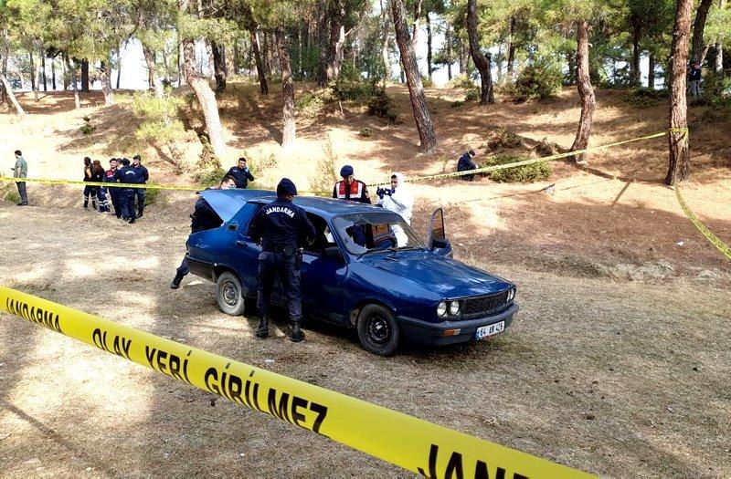 Uşak'ta kayıp kişinin cesedi yanmış otomobilde bulundu