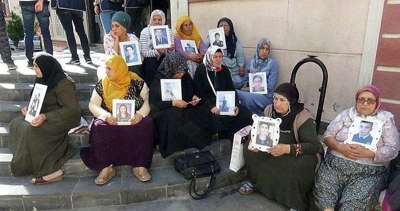 Diyarbakır'da HDP önünde evlat nöbeti sürüyor: Aile sayısı 24'e yükseldi