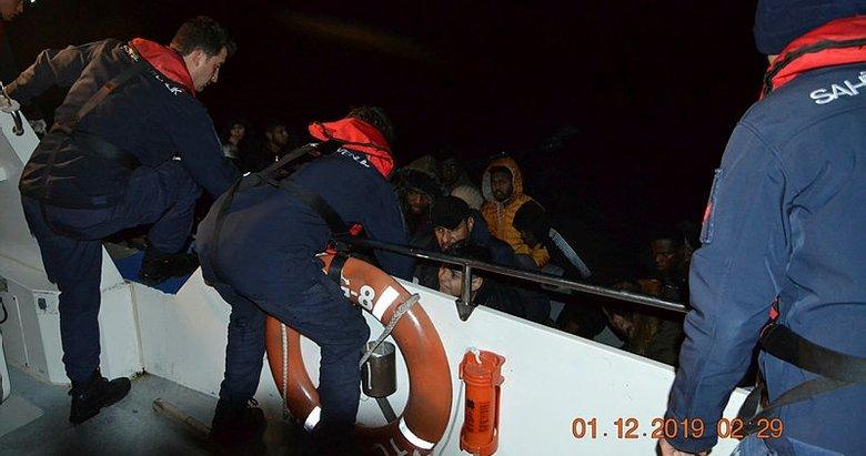 Balıkesir Ayvalık'ta 48 düzensiz göçmen yakalandı