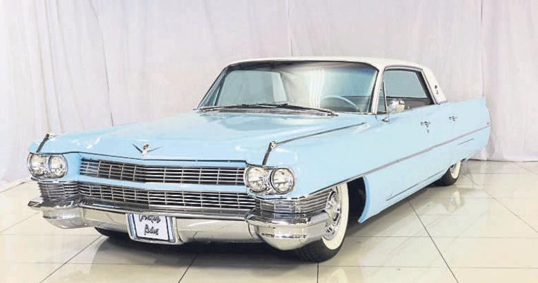 Mavi Cadillac'la 40 yıllık aşk yolculuğu