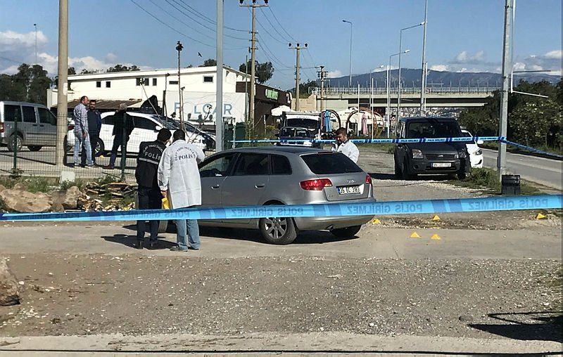 İzmir'deki kavgada ölü sayısı yükseldi