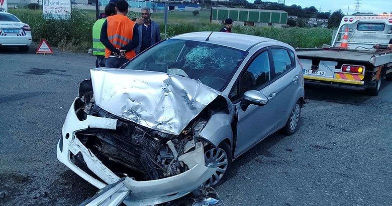 İzmir'de TIR ile otomobil çarpıştı: 1 yaralı