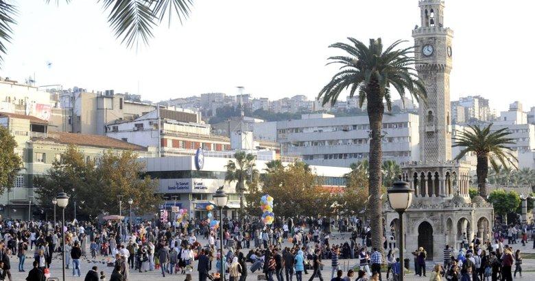 TÜİK Türkiye'nin nüfusunu açıkladı! İzmir'in nüfusu kaç?