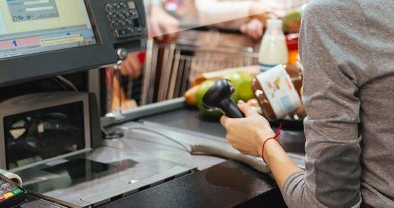 Müşteriye salak diyen kasiyer, tazminatsız işten kovuldu