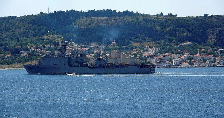 ABD savaş gemisi 'Oak Hill' Çanakkale Boğazı'ndan geçti