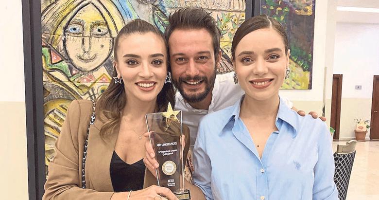 Kimse Bilmez'e 'Yılın Dizisi' ödülü