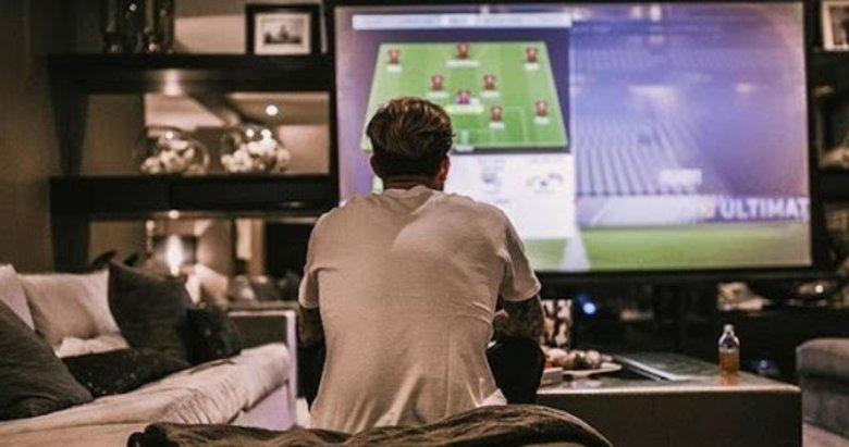 Futbolcular evlerinde