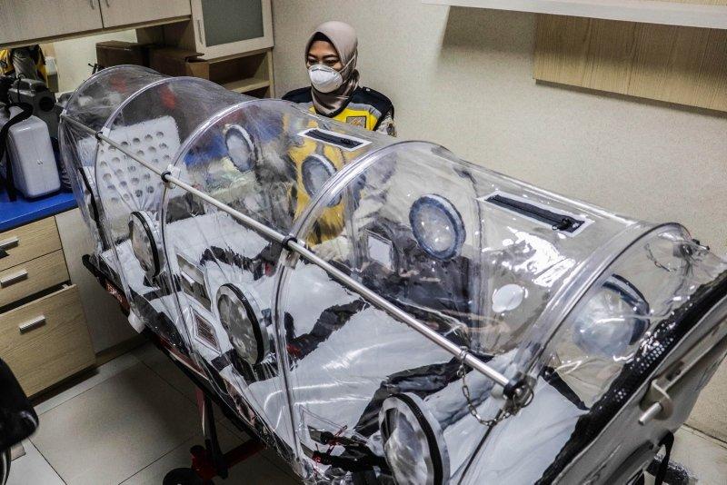 Hong Kong'da yeni koronavirüsten ilk can kaybı!