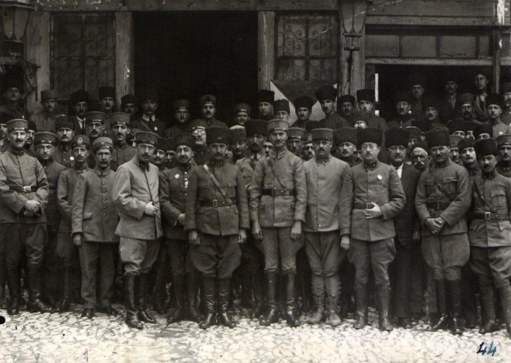 Genelkurmay arşivlerindeki Atatürk ve Büyük Taarruz'un az bilinen fotoğrafları