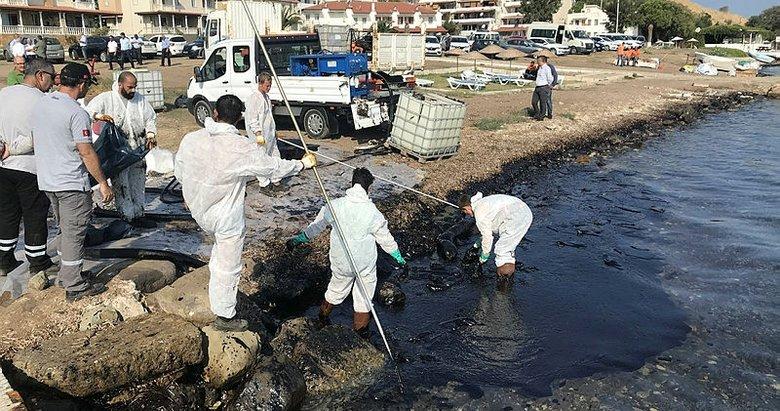 Foça'da temizleme çalışmaları sürüyor!