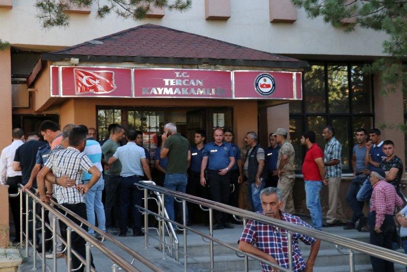 Erzincan'da kaymakamlıkta silahlı saldırı