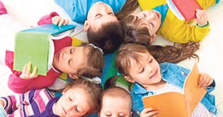 Kitap kurdu çocuklar yetiştirmek zor değil